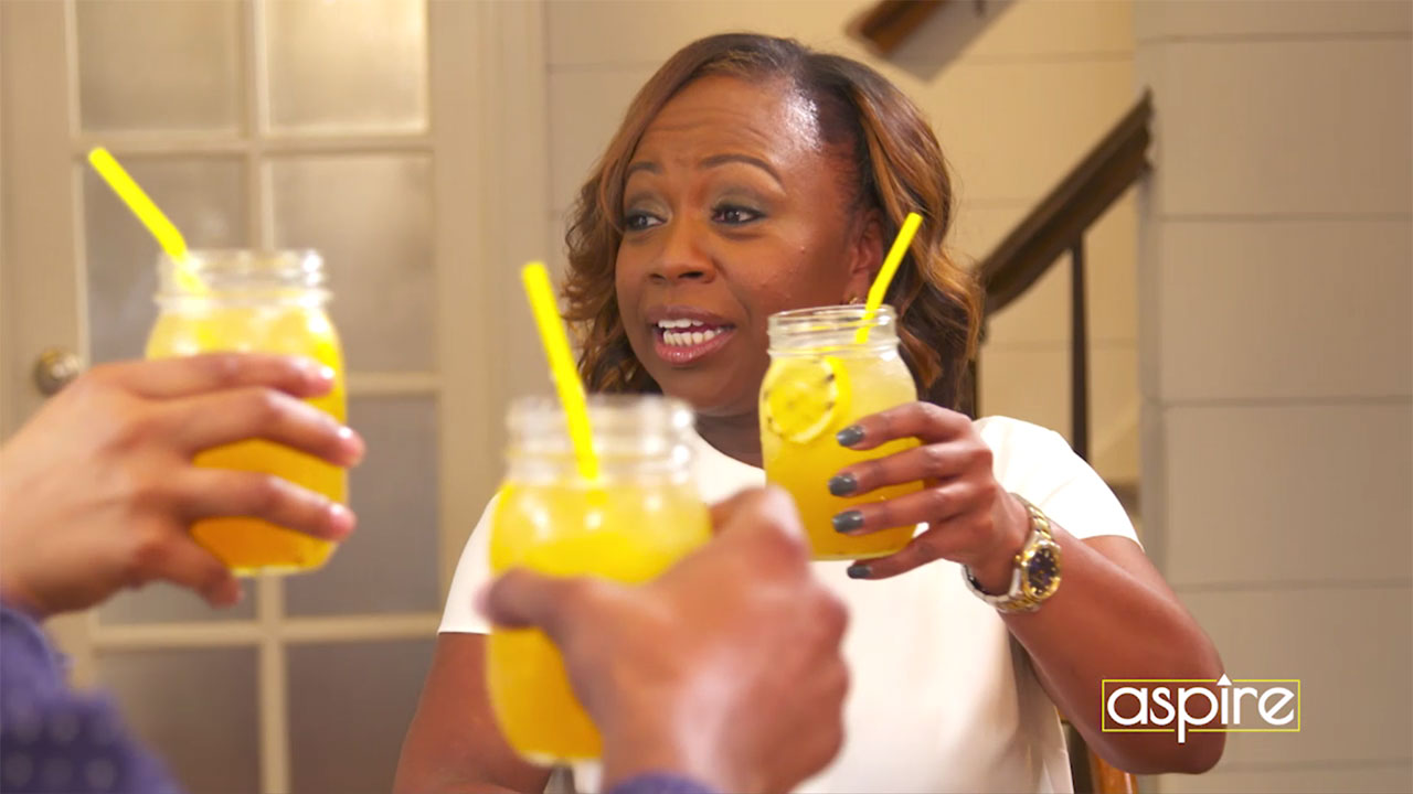 Chop It Up with Gina Neely – Fresh Grilled Lemonade
