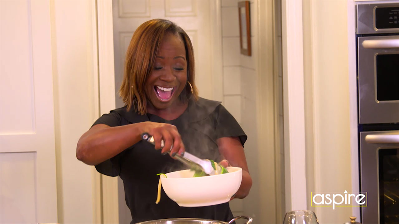Chop It Up with Gina Neely – Cooking Single Style
